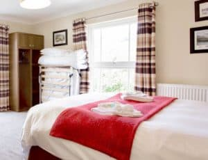 Double Room With Extra Bed 02