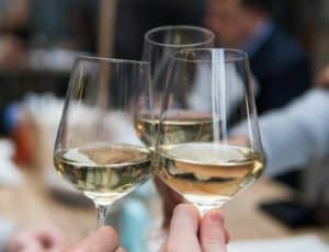 Usk Pub Drink Pic Wine
